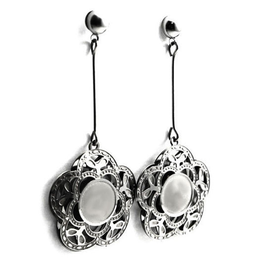 Picture of Dangling Flower Earrings Stainless Steel